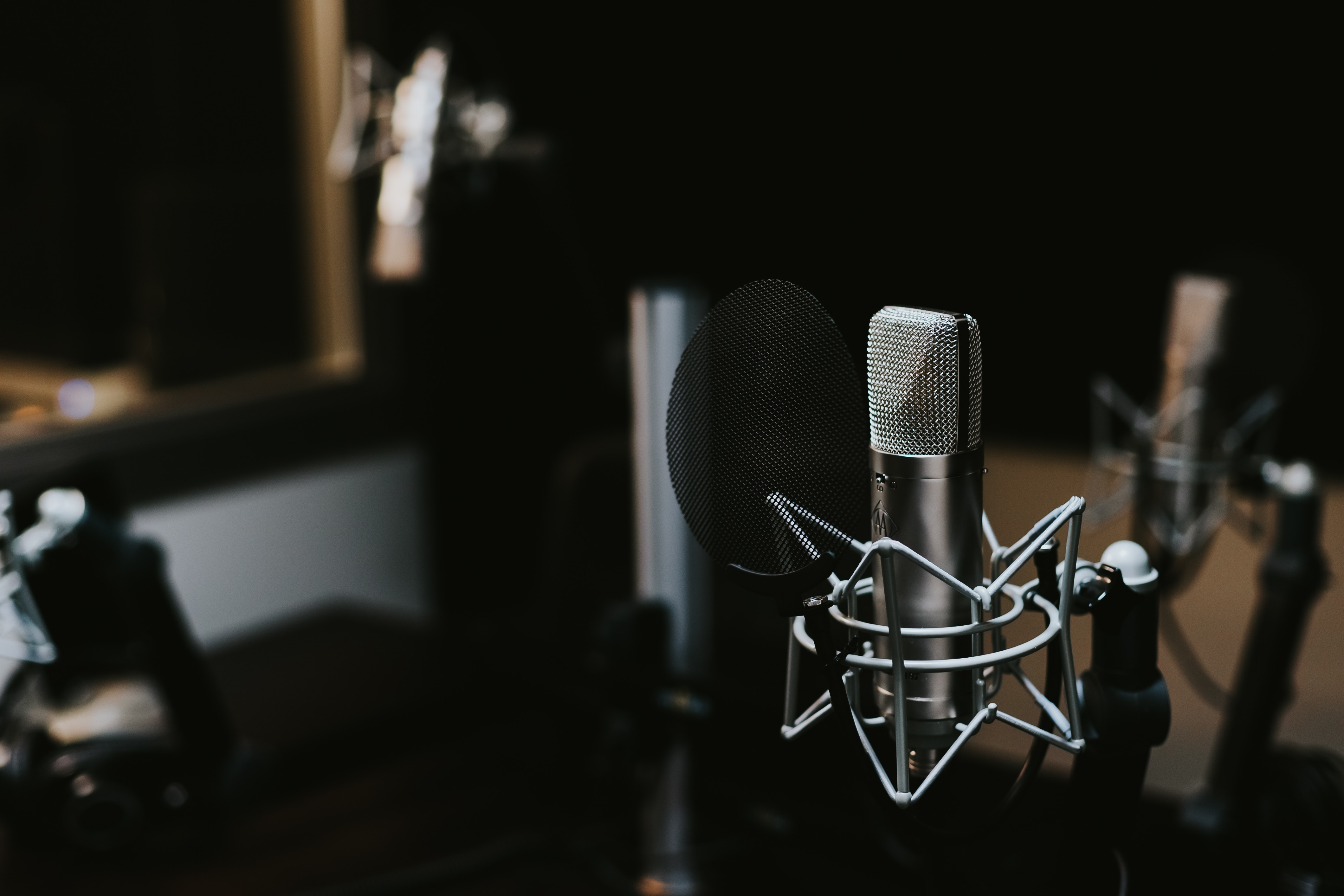 The first episode of our GEHIRNfutter podcast: The beginning of an insight journey for the topics: Consciousness, Perception & Brain Research.